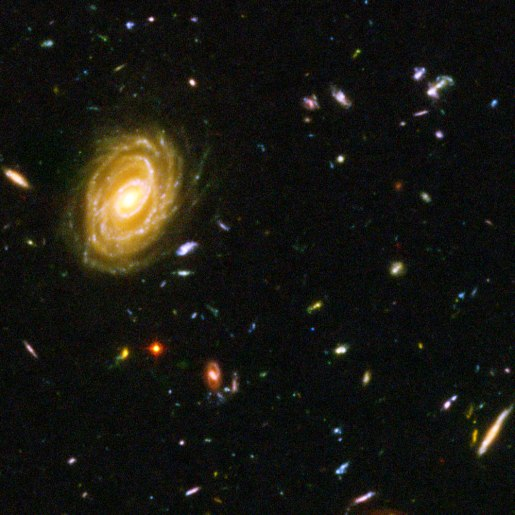 hubble telescope image 0f near and distant galaxies.